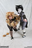 Misto and Tugger Youmacon 2010 by XxMURPLExX