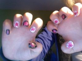 Lucania 'I Like That' Nails by Ch3rriCh3rry