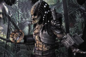 PREDATOR at sci fi convention by Heartofdevil-cosplay