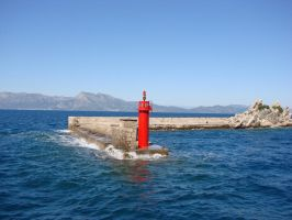 Lighthouse in Trpanj by raff34