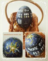 TARDIS easter egg by skuuri