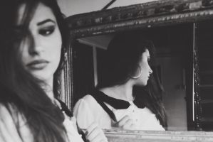 Mirror by LeNaSs