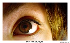 smile with your eyes by bodegas