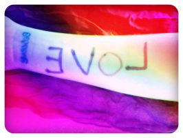 LOVE ! you can see my tattoo :D by Lifes-what-u-make-it