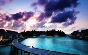 Maldivian Sunrise by nxxos