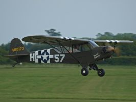 Piper Cub by davepphotographer