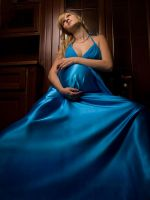 Pregnant Alla in blue dress by GalaGankina