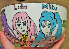 Vocaloid bowl Miku and Luka by SteelLily94