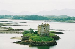 Scotland Castle Arrrrrrrrrgh 3 by xXone-winged-angelXx