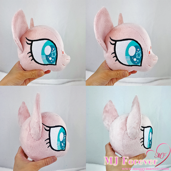 New ears for my ponies!  :D by moggymawee