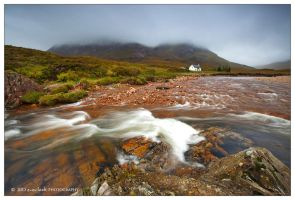 Little White House by marianne-lim