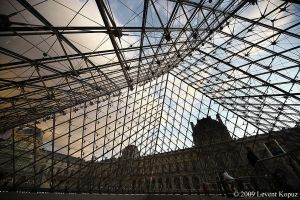 Roof of Louvre by lkopuz