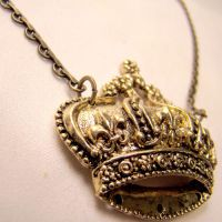 Lolita Steampunk Crown Pendant by SteamSociety