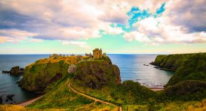 Dunnottar Castle by Somnp