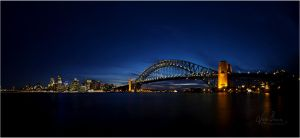 Sydney Harbour by jaybrar