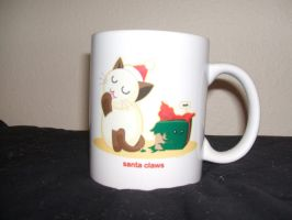 Santa Claws Cup by Romaji