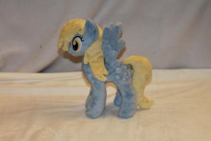 Tiny Derpy Plush by KarasuNezumi