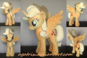 Alicorn Applejack plush by agatrix