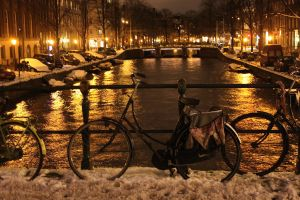Amsterdam by Night by melemel