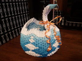 Swan Basket by MahouSakuraTenshi