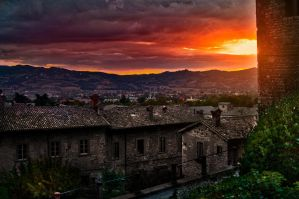 Sunset in Gubbio - Umbria by wildfox76
