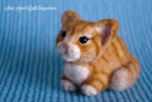 Needle felted orange kitten by SaniAmaniCrafts