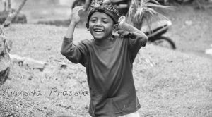 a child's laughter by ditanyil