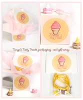 Cute Wrapping by Tonya-TJPhotography
