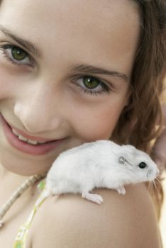 The Girl and The Mouse by lenna-fx