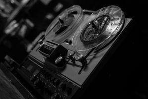 Reel To Reel Player by PLutonius