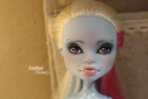 Abbey Bominable 2.0 by Amber-Honey