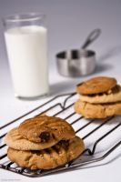 Milk and Cookies by b-r-ee-z-e