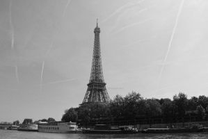 eiffel tower by saleemFa5oury