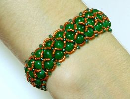 Isolde - beautiful beaded bracelet with jade beads by YANKA-arts-n-crafts