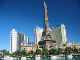 Eiffel Tower at Las Vegas by uttim