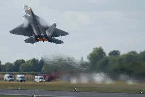 F-22 Take off by Alexgeorge14