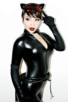 Catwoman II by GeodeFoxCosplay