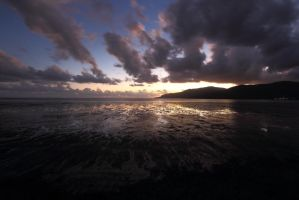 Cairns Sunrise by froggynaan