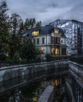 Villa Bluethner by monojam