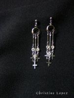 earings:tri-cross by StarBlackHeart