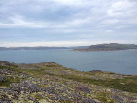 coast of the Kola Peninsula by dezzessent