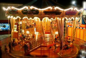 Carrousel Lights by rafaelmcsilveira