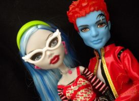 Ghoulia and Holt by GothicKitta