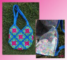 Crochet Bag with Magnetic Clasp by BunnySuitDriver