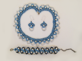 Beaded Jewellery Set by Hope555