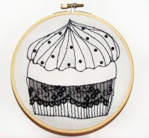 Lace Cupcake Embroidery by daniellekenyon