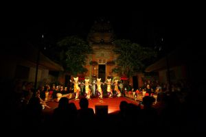 Dance Performance by esatriadi