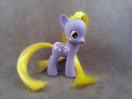 MLP G1-G4 TAF Merriweather - custom pony by hannaliten
