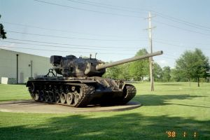 Big T32 by Derrflinger