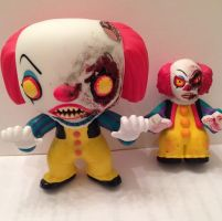 Sewer Battle Pennywise Funko customs! by Derrico13